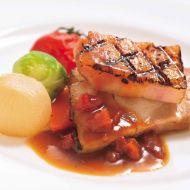 豚ロース肉の香草ロースト トマトソース