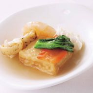 海鮮と豆腐ガーリック入りピリ辛塩味煮こみ