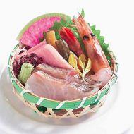 造り3点盛り甘海老トロと奈良漬の博多鯛松皮造り