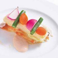白身魚のポワレ彩野菜のタルト仕立て深川シードルのソース