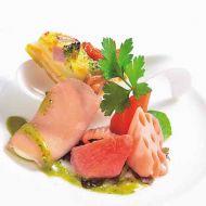 オードブルバリエ3点盛りキッシュロレーヌ根菜のグレッグ生ハムのチーズ巻き