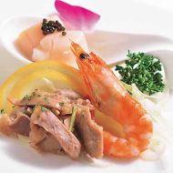 前菜3点盛り合わせ帆立キャビア和え砂肝の和え物有頭海老の塩茹で椒麻