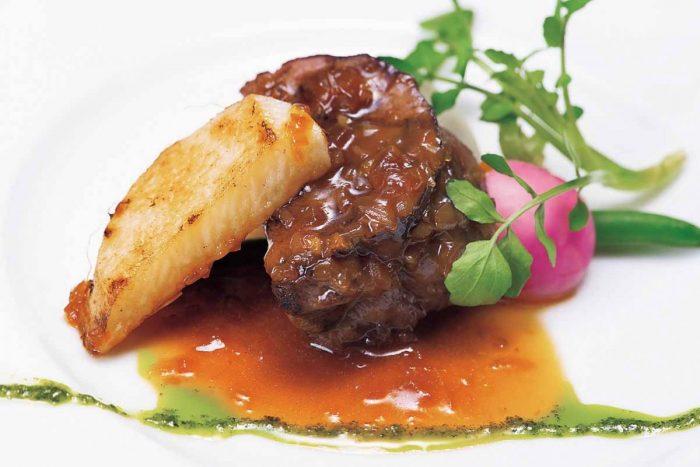 道産牛フィレ肉のポワレ 青じそジェノベーゼ ジャポネーズソース